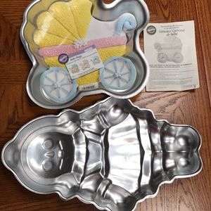 Wilton cake pans (2). Baby carriage and doll.